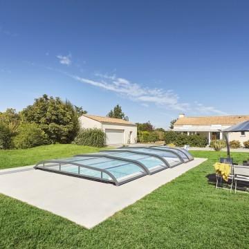 Monorail : un système pour faciliter l'ouverture de son abri de piscine