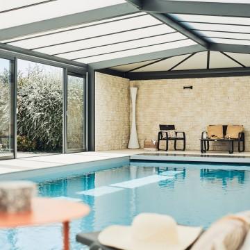 Les avantages d'une véranda de piscine