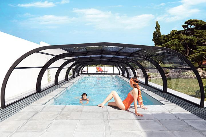 Les autres avantages d'un abri de piscine
