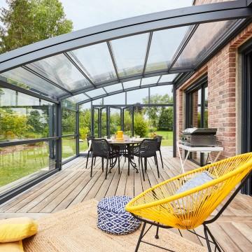 Pourquoi choisir l'aluminium pour votre abri de terrasse ?